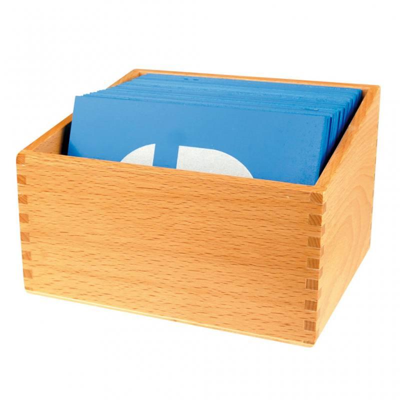Holzbox für 26 Sandpapier-Großbuchstaben
