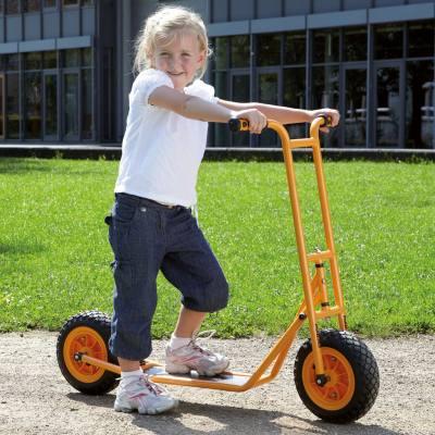 Roller - groß mit Fußbremse