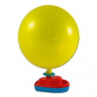 Kunststoffboot mit 2 Luftballons